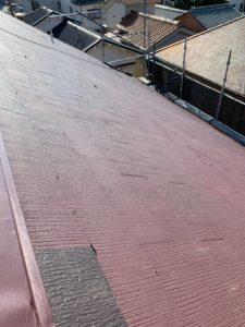 堺市にて雨漏り修理のためのカバー工法 施工前
