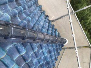 泉大津市にてS型瓦の棟部積み直し工事 施工後