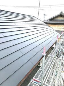 和瓦屋根から板金屋根への葺き替え工事 完工