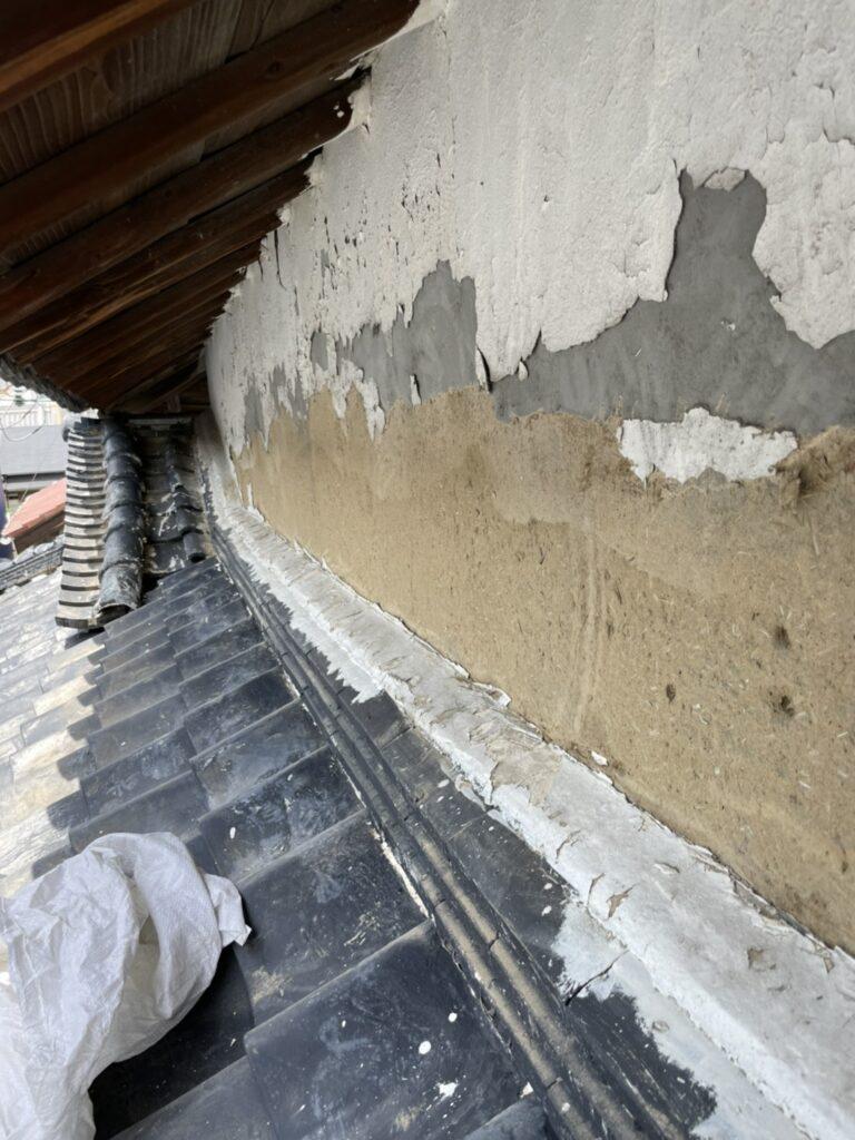 劣化漆喰ぬり壁補修